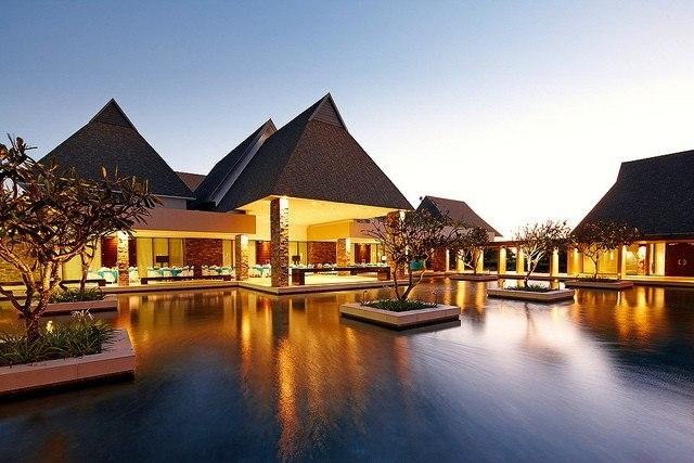 Отель InterContinental Fiji Golf Resort Spa, Вити-Леву