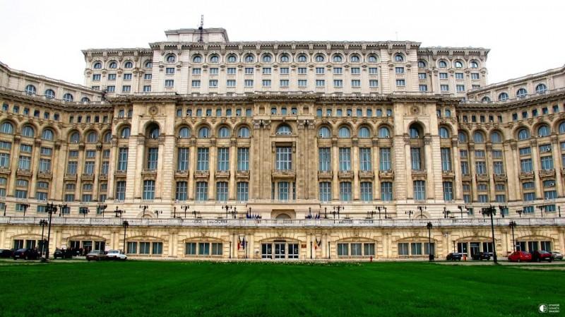 Дворец Чаушеску в Бухаресте, Румыния 3