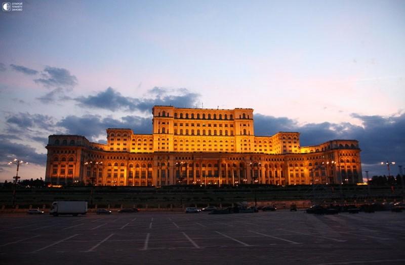 Дворец Чаушеску в Бухаресте, Румыния 2