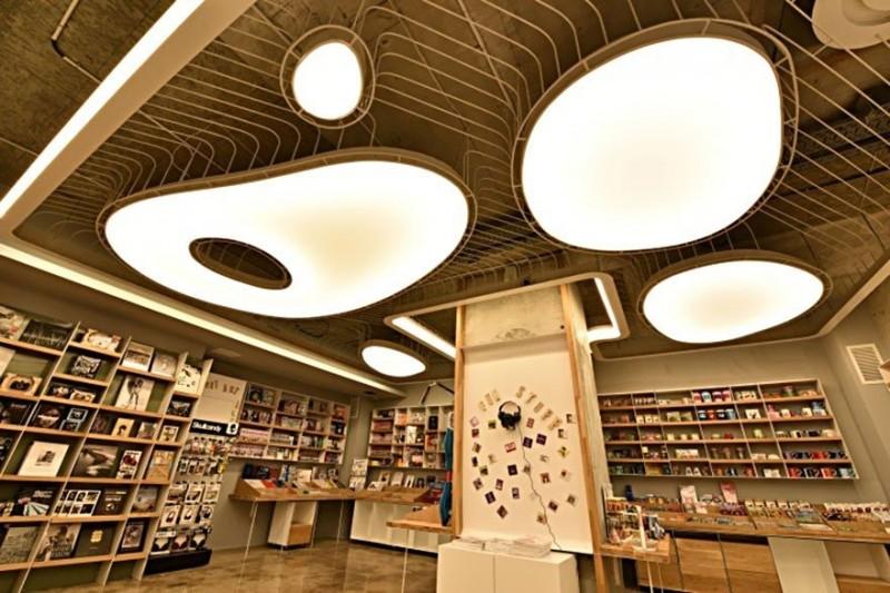 Фантастический книжный магазин в Бухаресте 6